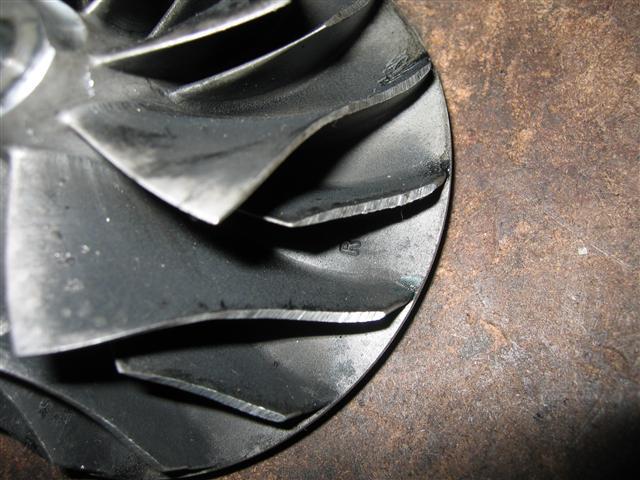 skadat kompressorhjul